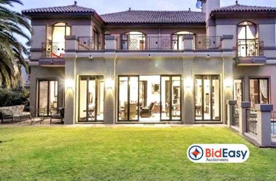 EXQUISITE  HOME IN WOODHILL GOLF ESTATE - PRETORIA